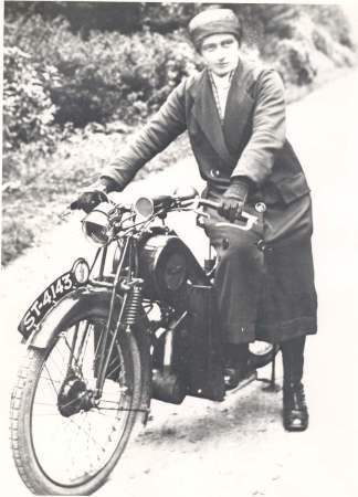 Flora Ferguson, the first motorised nurse in the Highlands, 1926. Courtesy of Am Baile