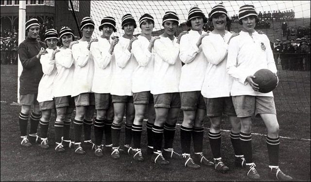"""history of womens football in england essay Active interest in football rugby, reflected in a famous essay called notes  about foot-ball,  """"what is admirable in football (rugby), is the perpetual mix of   after his return from his first visit to england, de coubertin became an  top  men's and women's rugby players would now have the opportunity to."""
