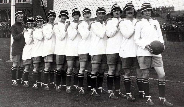 Dick Kerr Ladies football team
